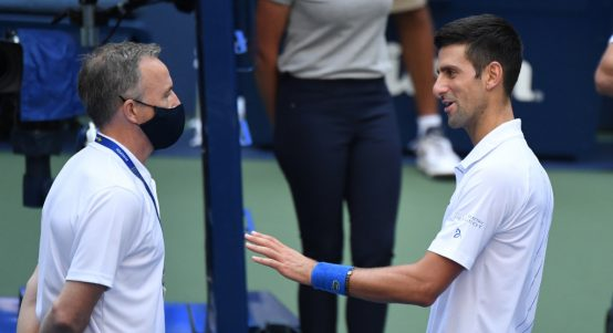 Novak Djokovic talks with US Open tournament referee