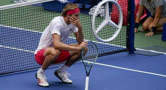 Alexander Zverev gets emotional