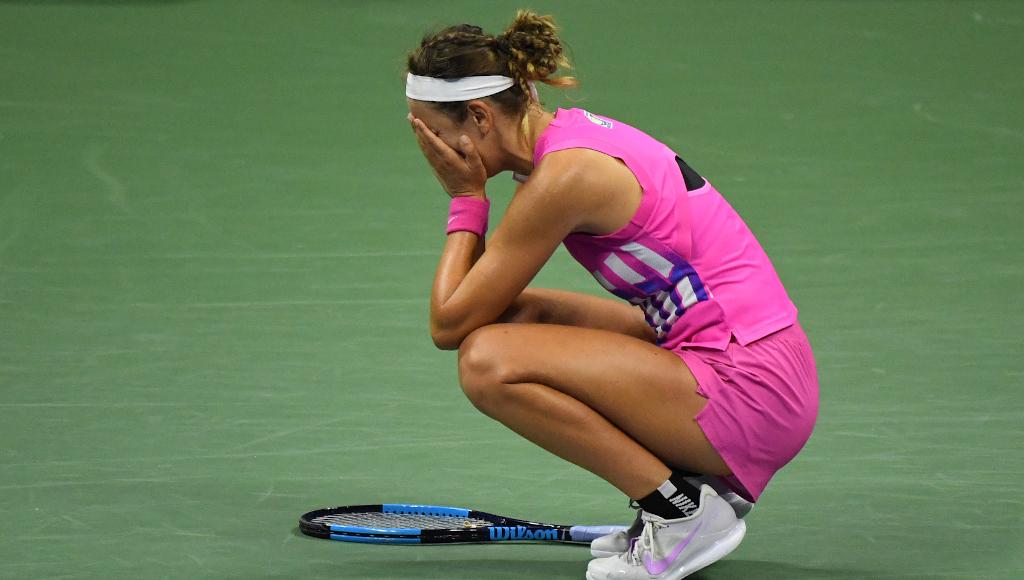 Victoria Azarenka gets emotional