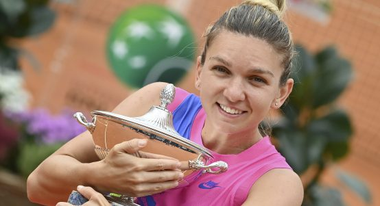 Simona Halep with Italian Open trophy