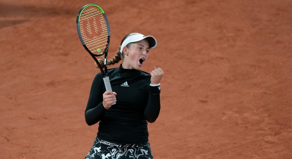 Jelena Ostapenko celebrates