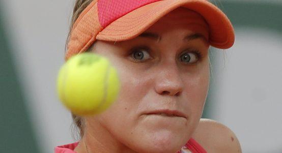 Sofia Kenin in action