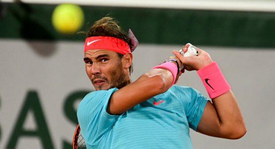 Rafael Nadal return