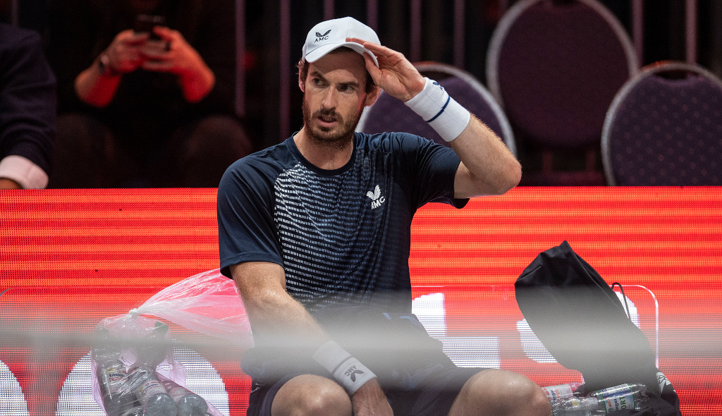 Andy Murray at a changeover