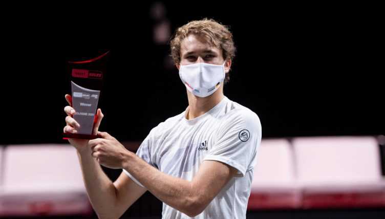 Alexander Zverev with Cologne trophy