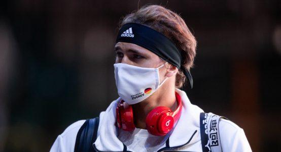 A masked Alexander Zverev