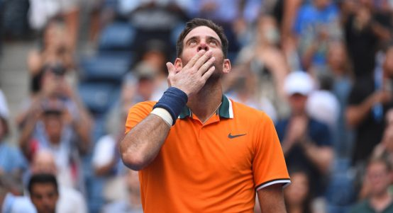 Juan Martin del Potro blowing kisses