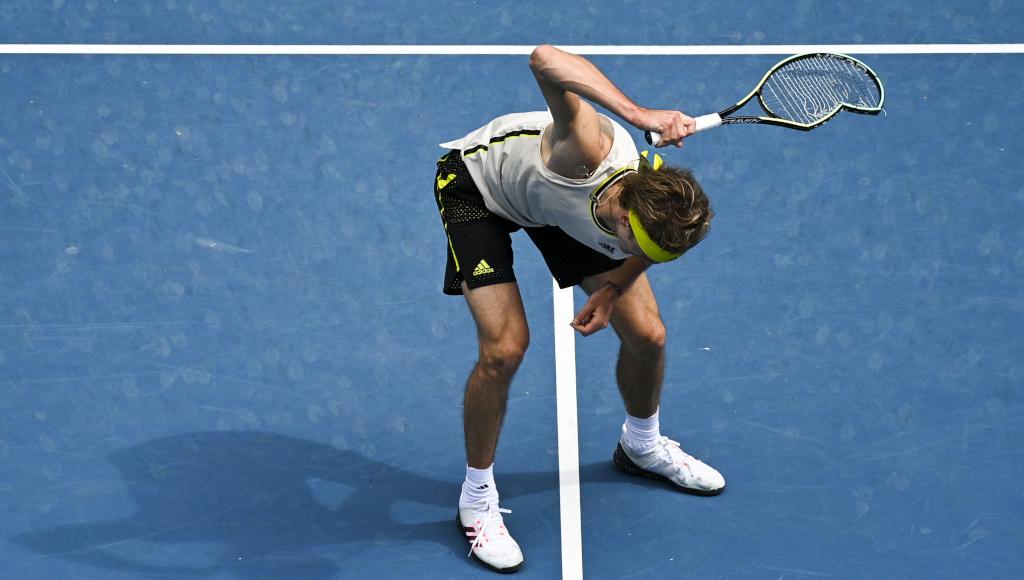 Alexander Zverev smashes in racket