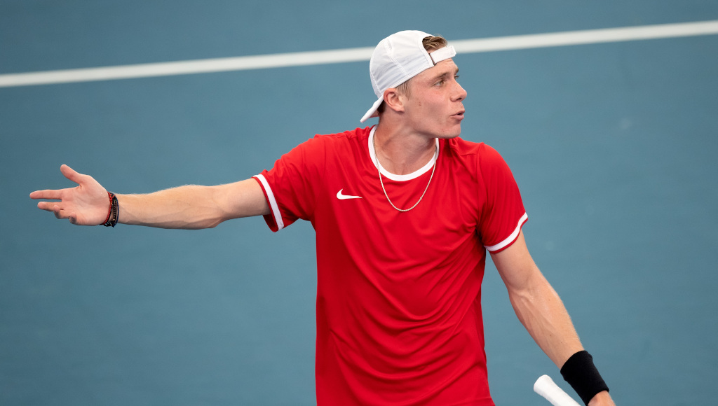 Denis Shapovalov frustrated