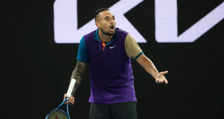 Nick Kyrgios remonstrating