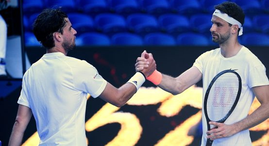 Grigor Dimitrov and Dominic Thiem shake hands