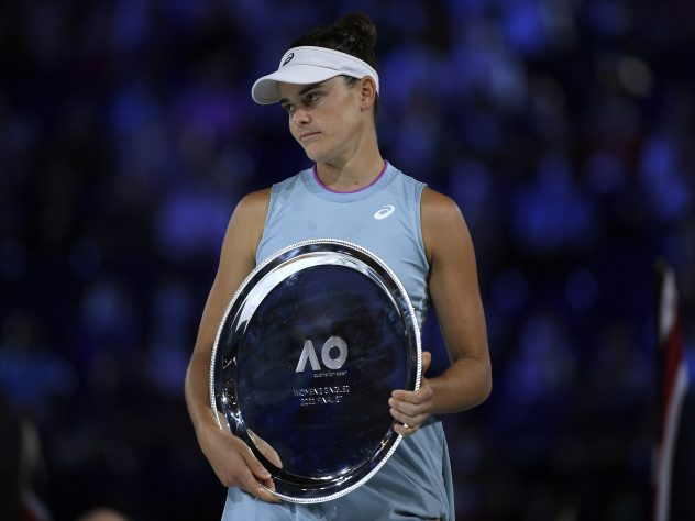 Jennifer Brady holds her runners-up trophy