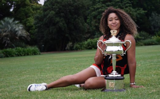 Naomi Osaka with Australian Open trophy