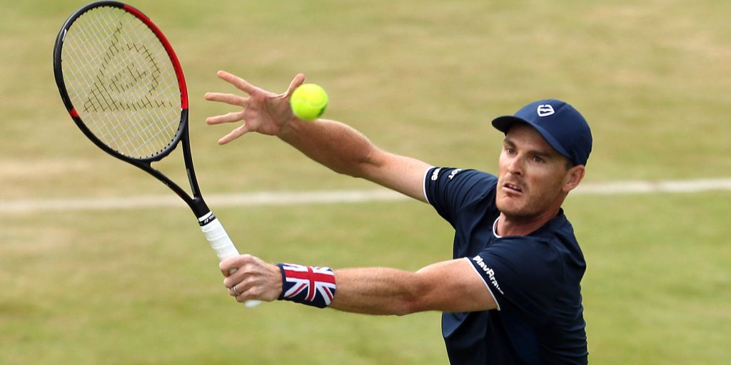 Jamie Murray in action