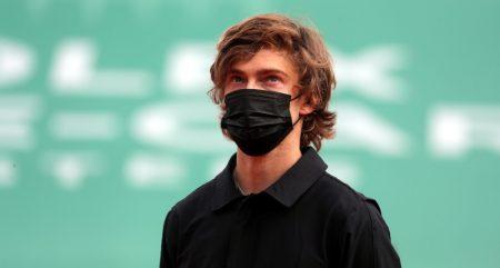 Andrey Rublev masked up