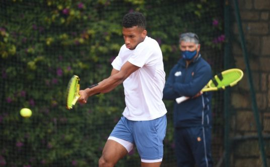 Felix Auger-Aliassime and Toni Nadal at practice