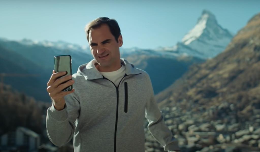 Roger Federer and Robert de Niro in No Drama Switzerland Tourism ad