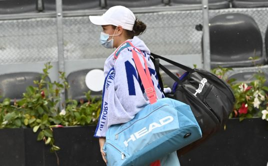 Ashleigh Barty leaves the court