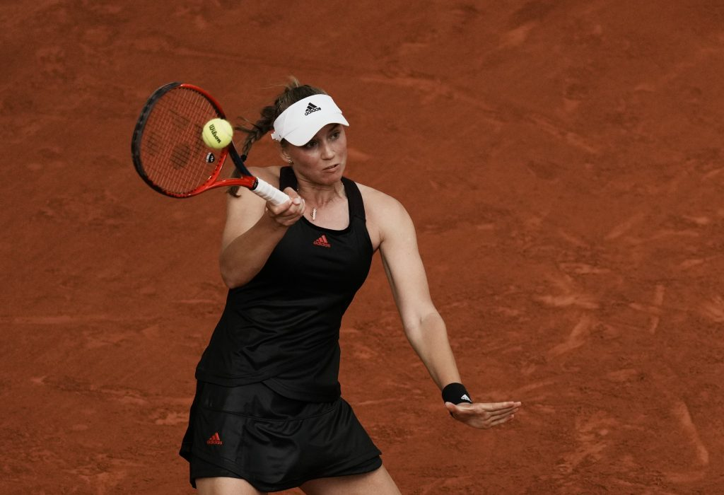 Elena Rybakina in action