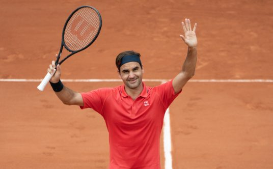 Roger Federer takes the applause