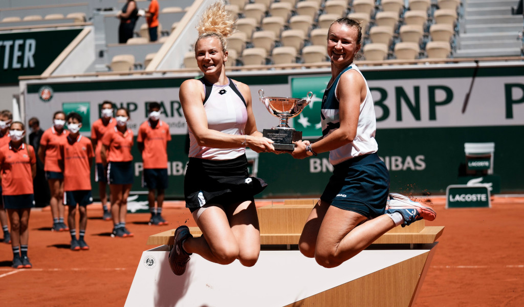 Barbora Krejcikova and Katerina Siniakova French Open doubles champions