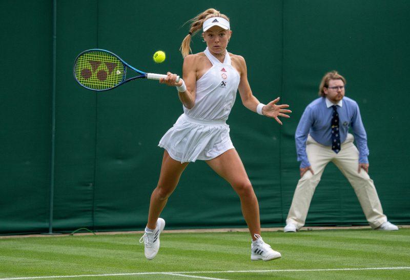 Katie Swan in action