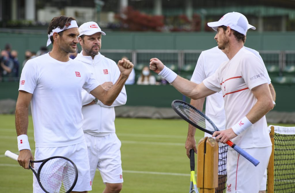 Roger Federer and Andy Murray fist pump