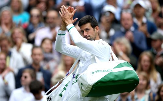 Novak Djokovic applauding