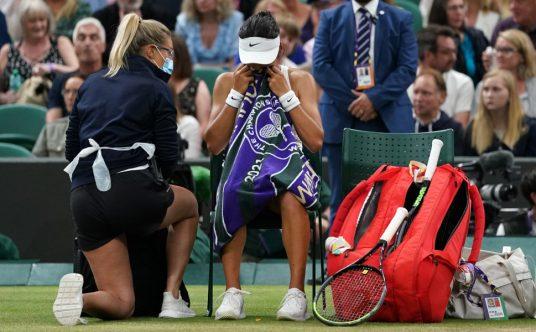 Emma Raducanu medical timeout at Wimbledon