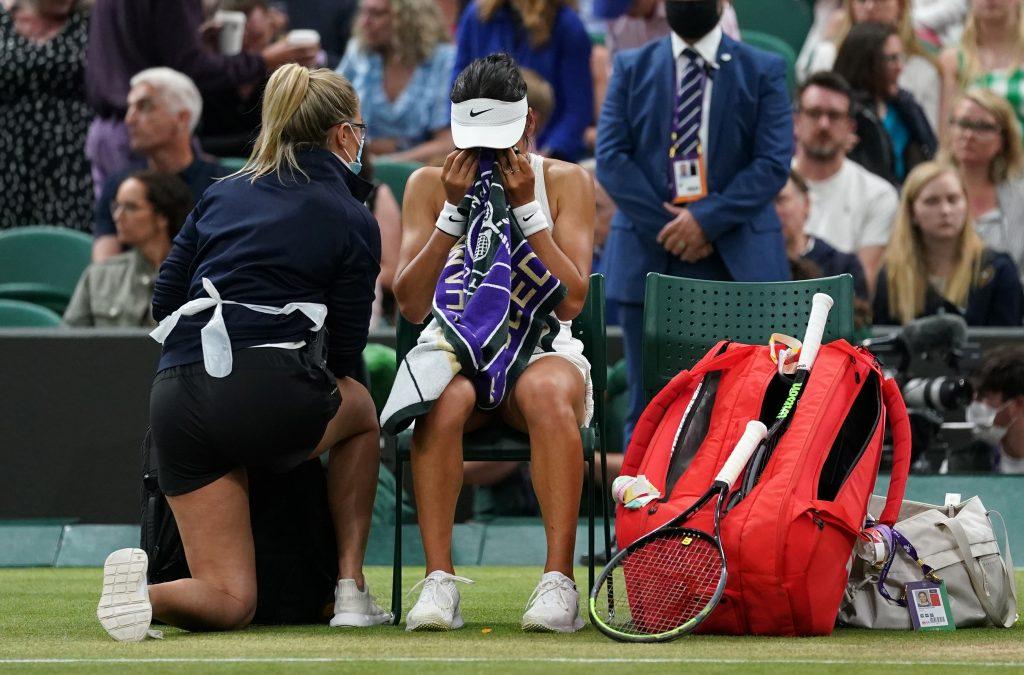 Emma Raducanu receiving treatment