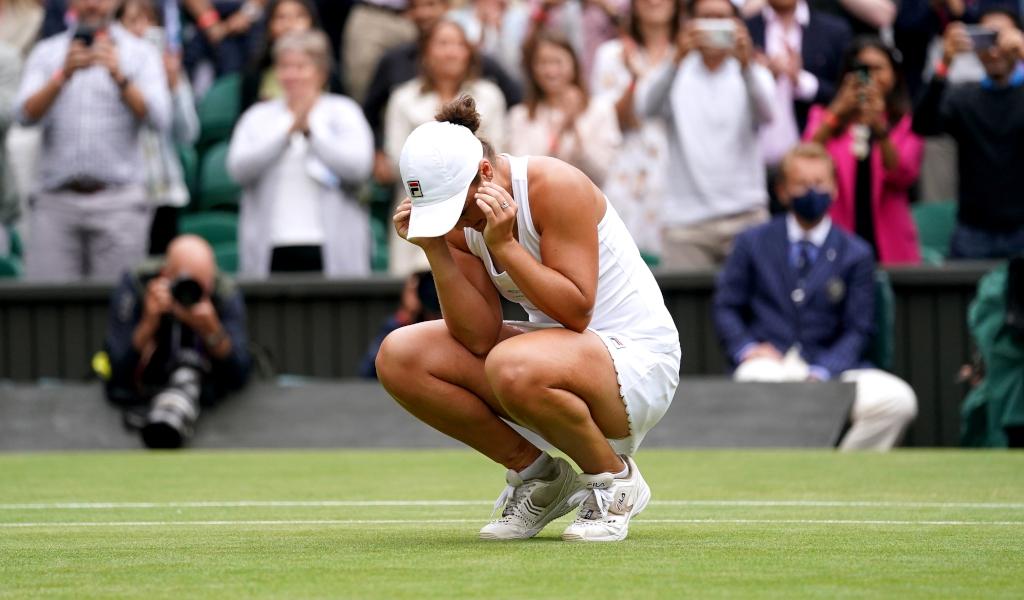 Ashleigh Barty Wimbledon 2021 champion