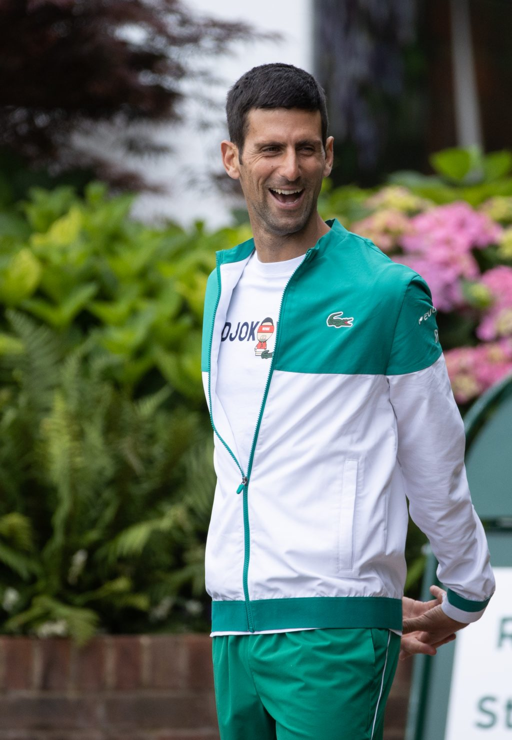 Novak Djokovic stretching