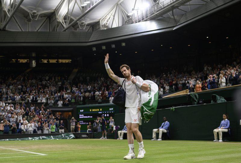 Andy Murray waves goodbye