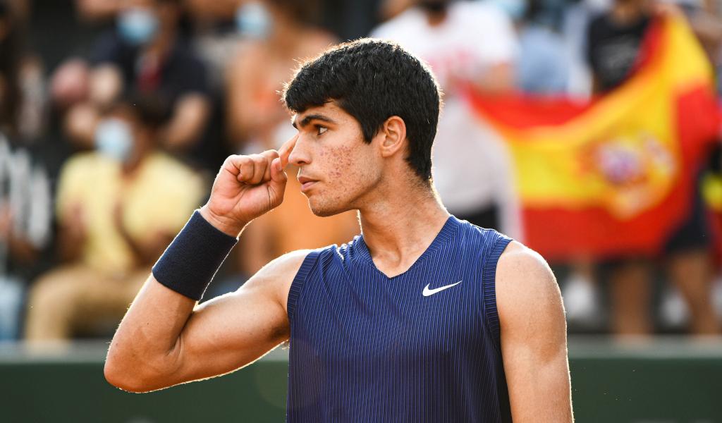 Carlos Alcaraz focused