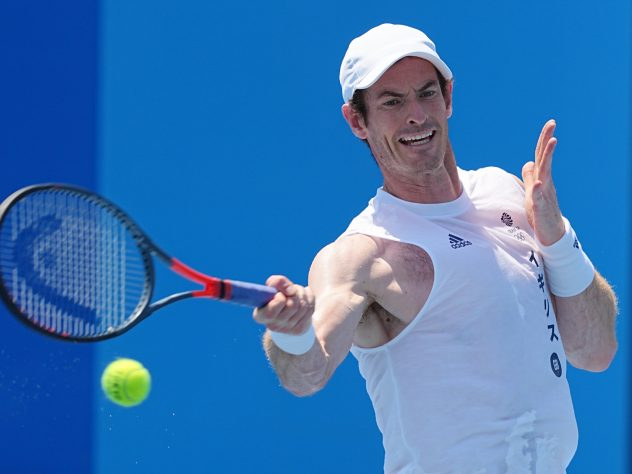 Andy Murray withdrew from the Olympic singles tournament with a quadricep injury
