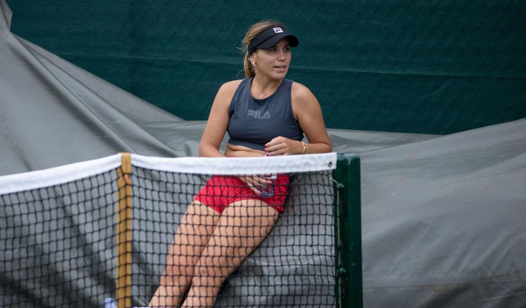 Sofia Kenin at training