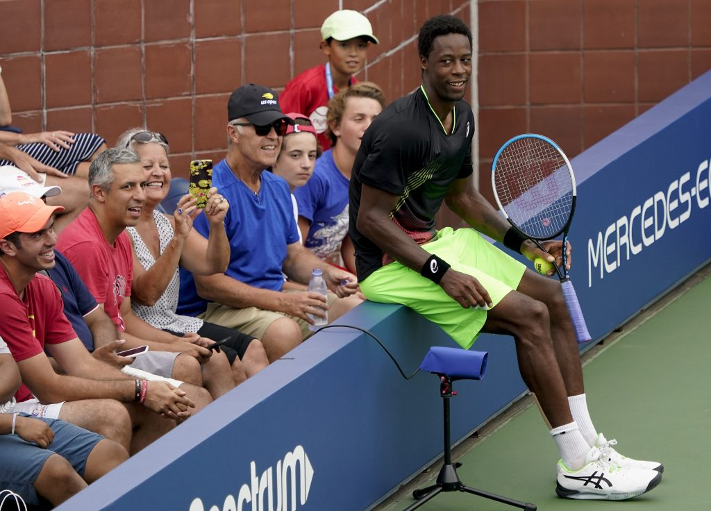Gael Monfils takes a breather