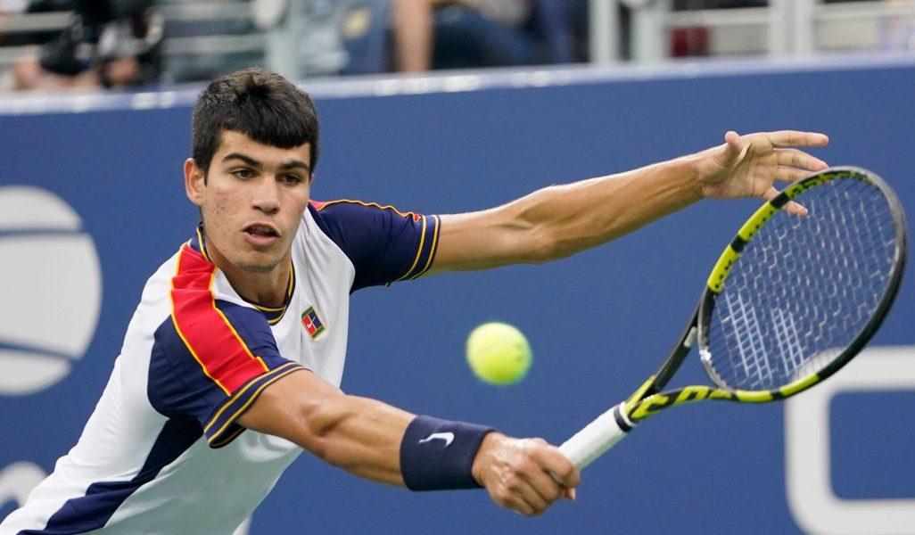 Carlos Alcaraz in action