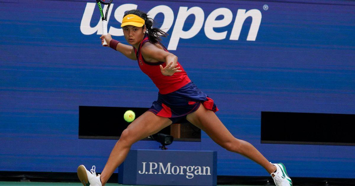 Emma Raducanu running forehand at US Open