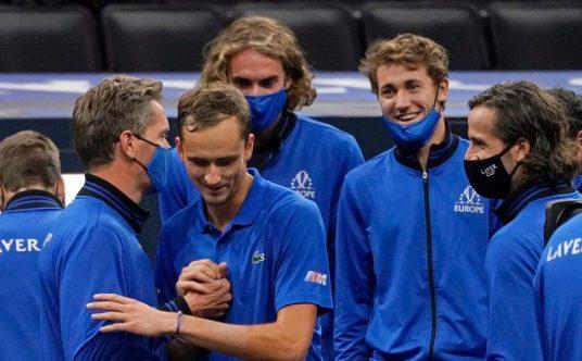 Daniil Medvedev and Team Europe celebrate Laver Cup victory