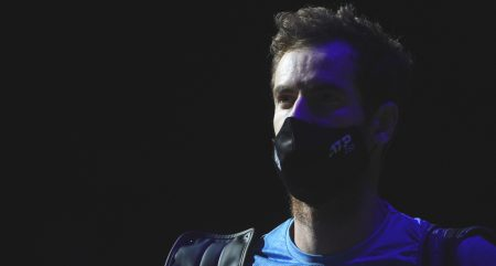 Andy Murray enters the court