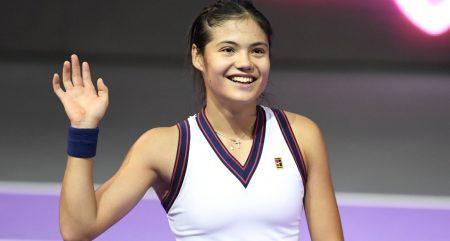 Emma Raducanu celebrates victory